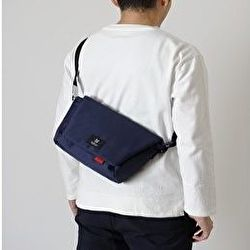 【MILESTO】「Hutte」立体縫製でスマートな印象のコンパクトメッセンジャー