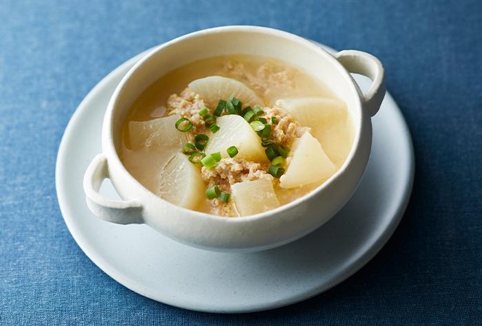 ごろごろ大根の鶏そぼろ甘酒スープ