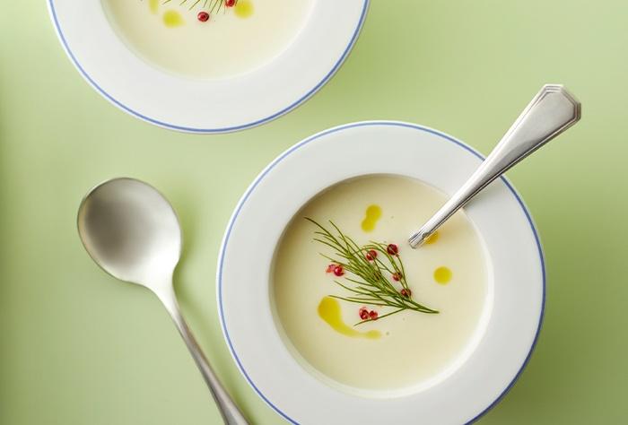 じゃがいもとディルのスープ